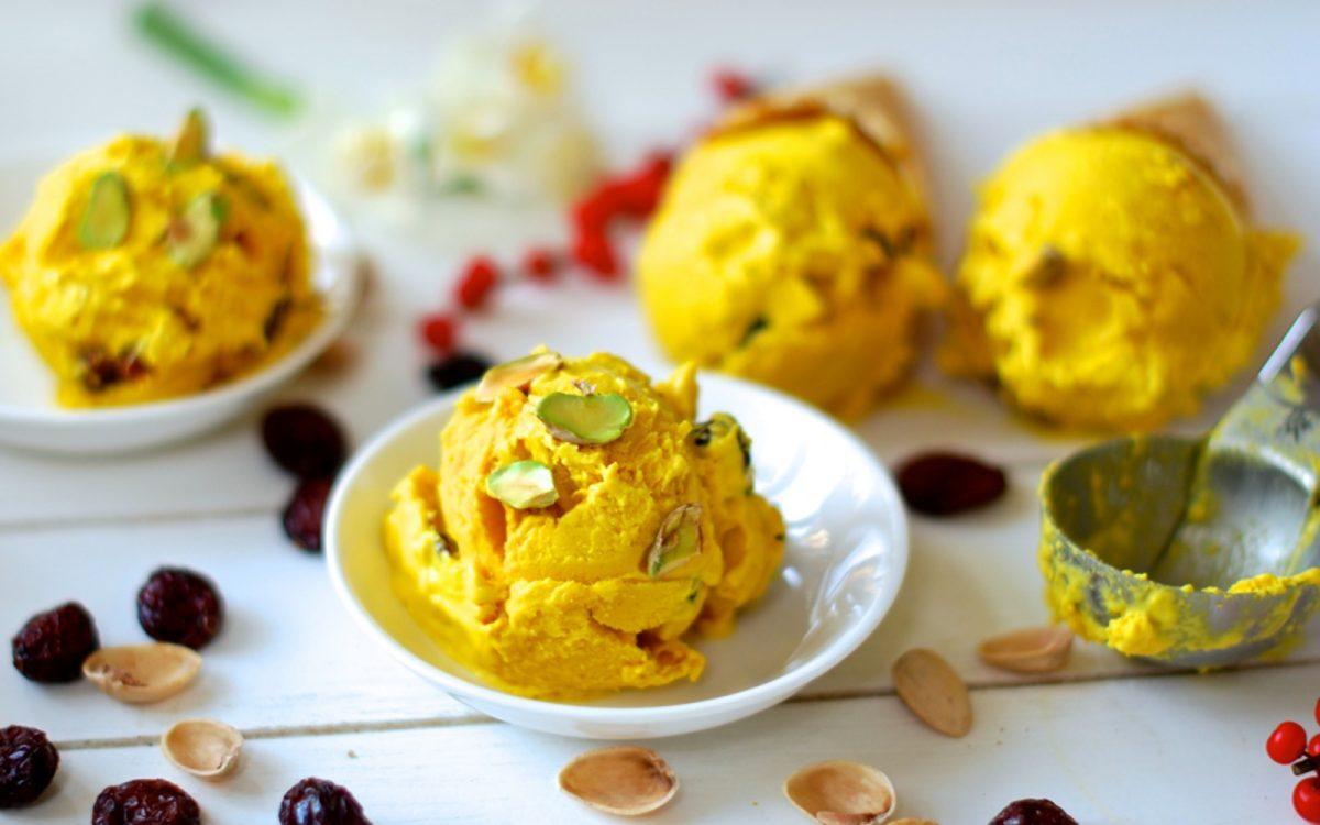 Saffron Ice Cream With Pistachios