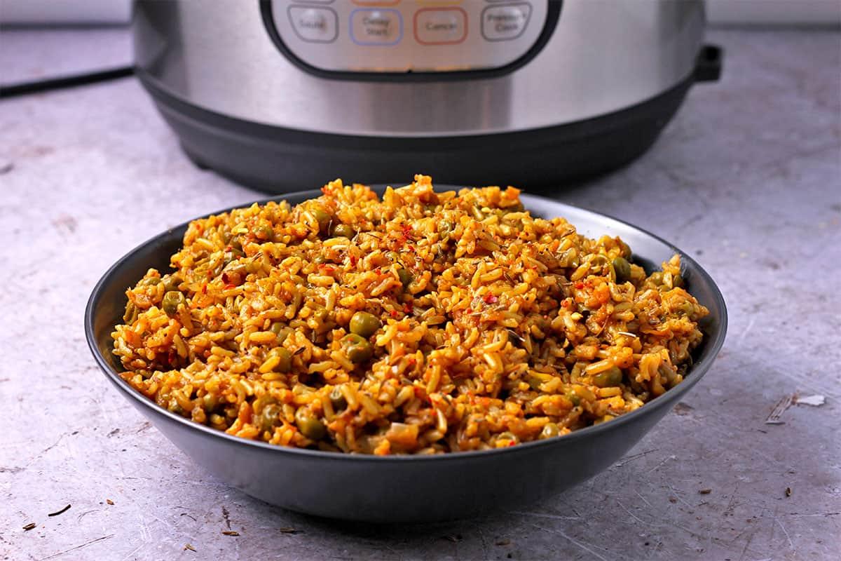 Vegan Instant Pot Vegetable Curry Rice