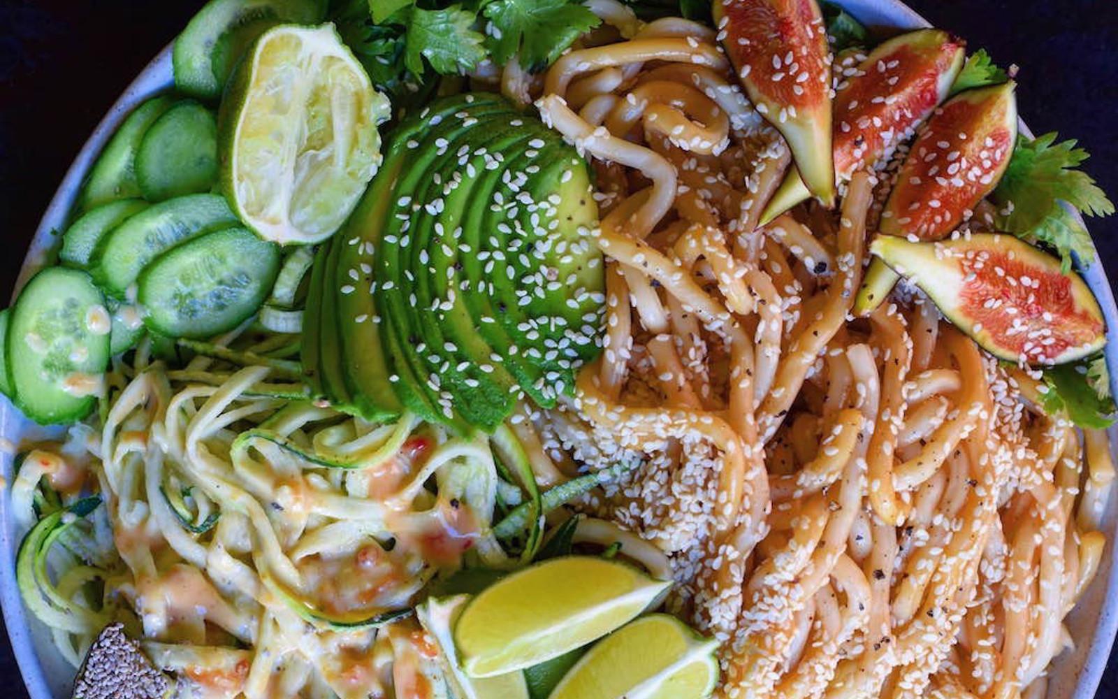 Spicy Peanut Udon Noodle Bowl